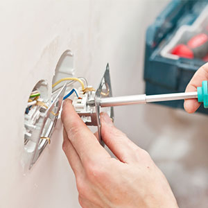Effectuer le repiquage d'une prise électrique